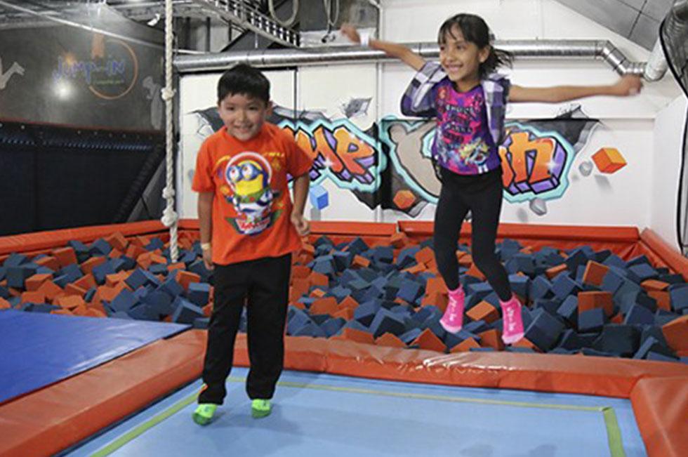 5 lugares para visitar en verano en CDMX con niños jump in