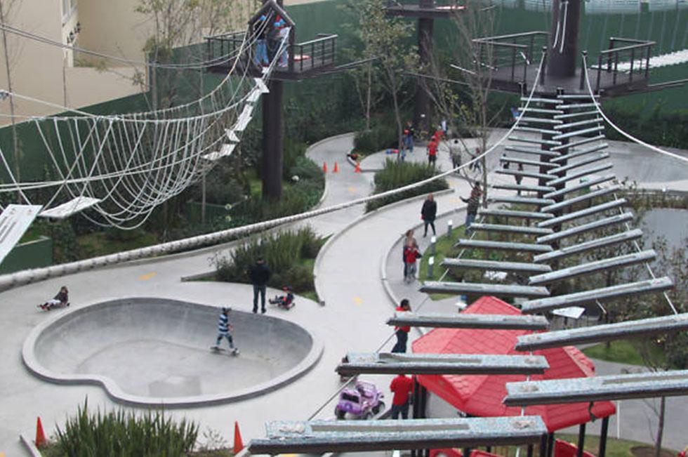 5 lugares para visitar en verano en CDMX con niños zona extrema parque plaza interlomas