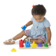 TABLERO PARA APILAR Y ORDENAR (COLORES Y FORMAS) - MELISSA AND DOUG